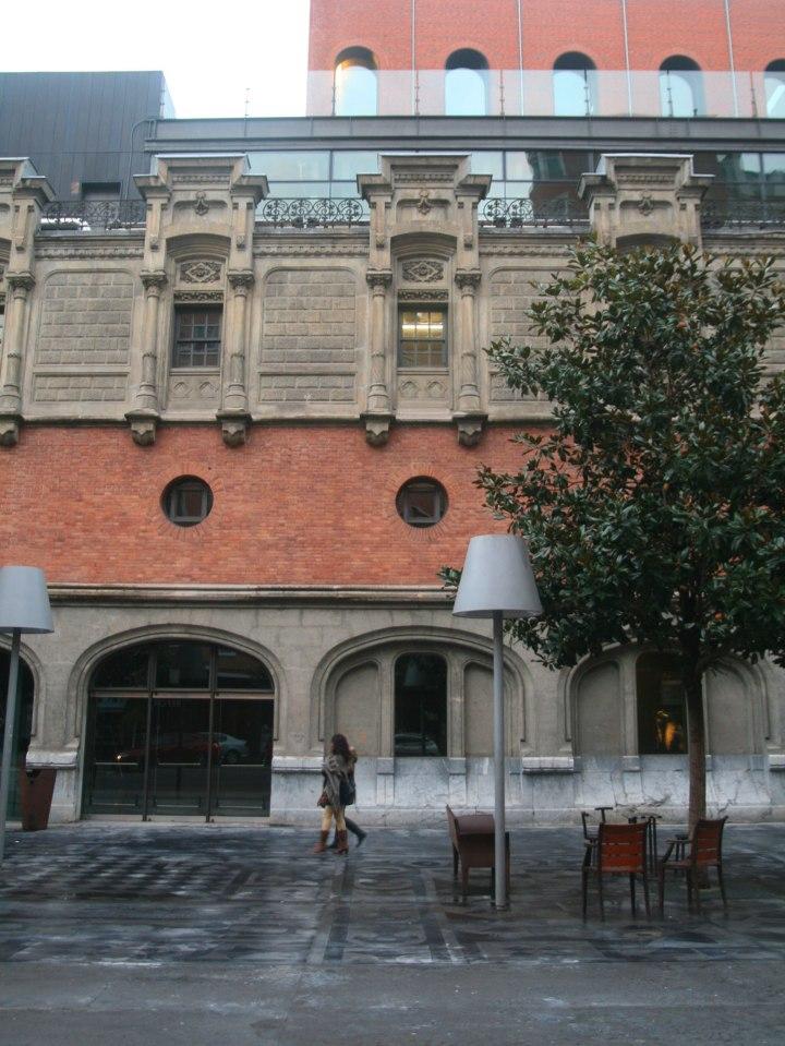 azkuna-ext-facade