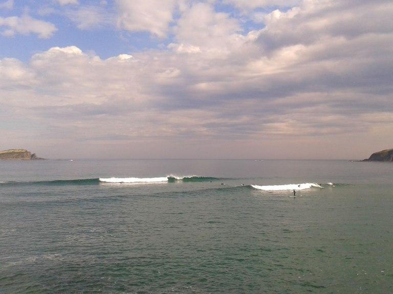 mundaka-low-tide-small-wave