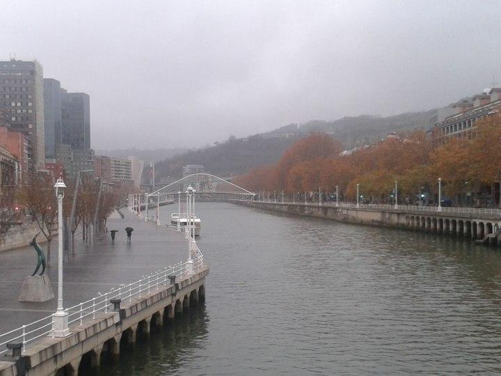 nervion-rain-zubizuri