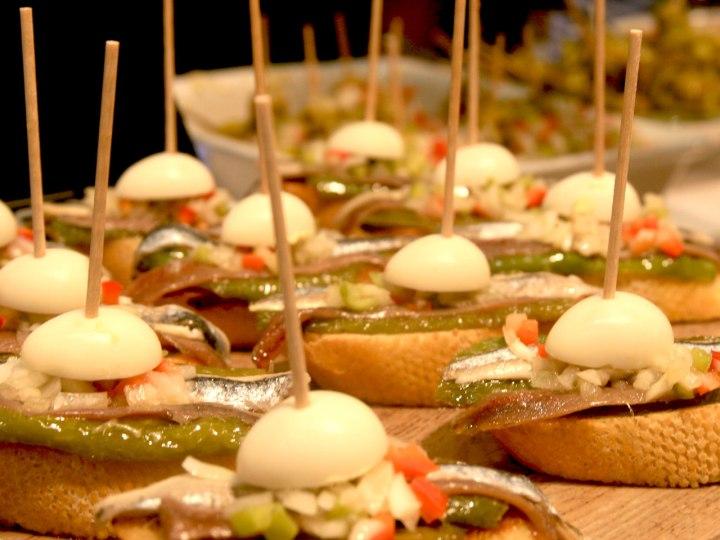 dss-pintxos-sidreria-beharri-eggs-anchovies-pintxo