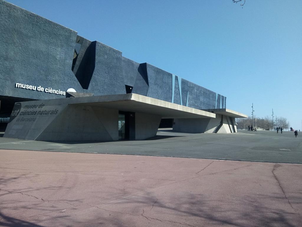 Museu Blau lateral facade