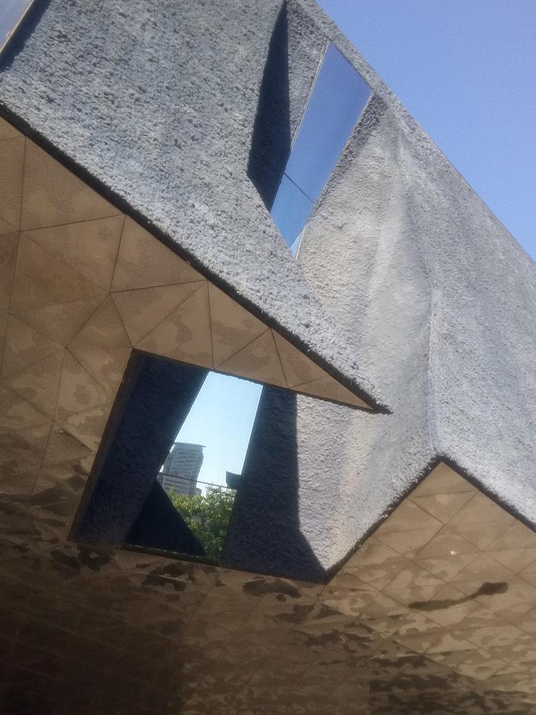 Museu Blau facade detail